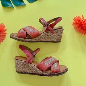 Vintage 70s cognac leather woven wedge sandals